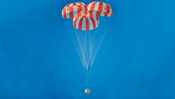 Wielkie testy NASA. W razie awarii tak uratują astronautów