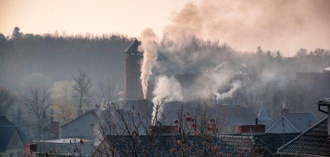 """""""Smog polski"""". Powstaje zimą przy mroźnej pogodzie wyżowej"""